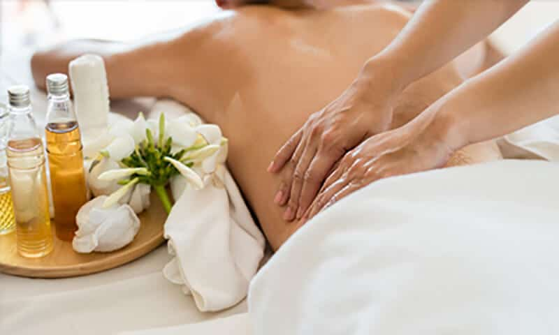 massage-aromatherapy