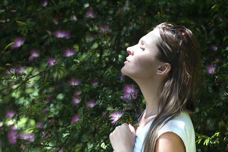 Aroma-helps-deep-breath